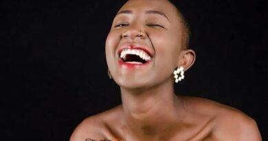 Mammito aacha watu vinywa wazi baada ya kuvalia bikini