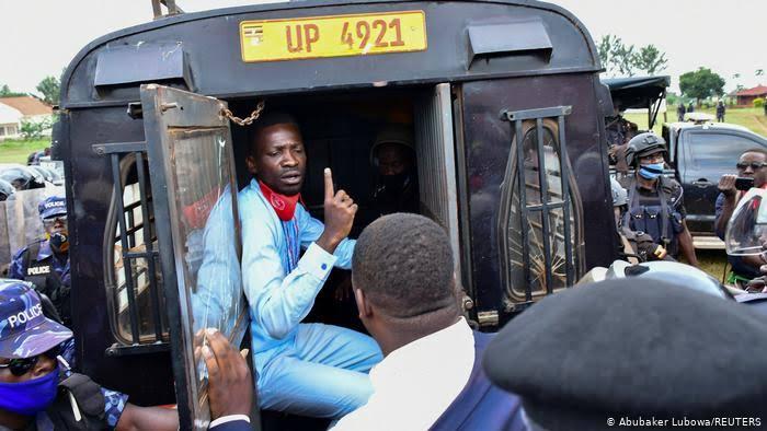 Mpinzani wa Rais Meseveni, Bobi Wine atiwa mbaroni tena