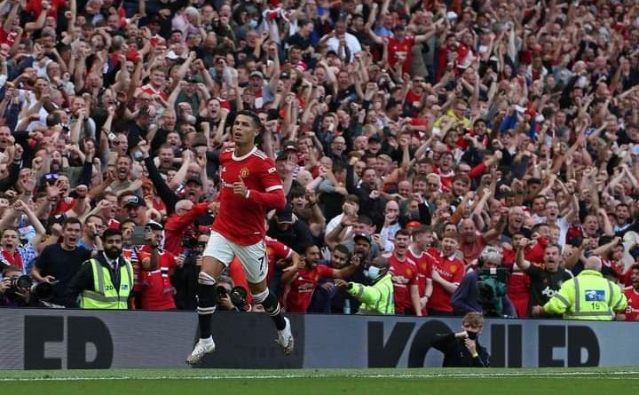 Cristiano Ronaldo afunga magoli mawili kwenye.mechi ya Manchester united vs Newcastle